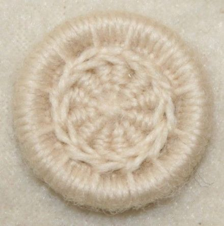 Dorset Button Kit - Daisy Chain Design, Snow